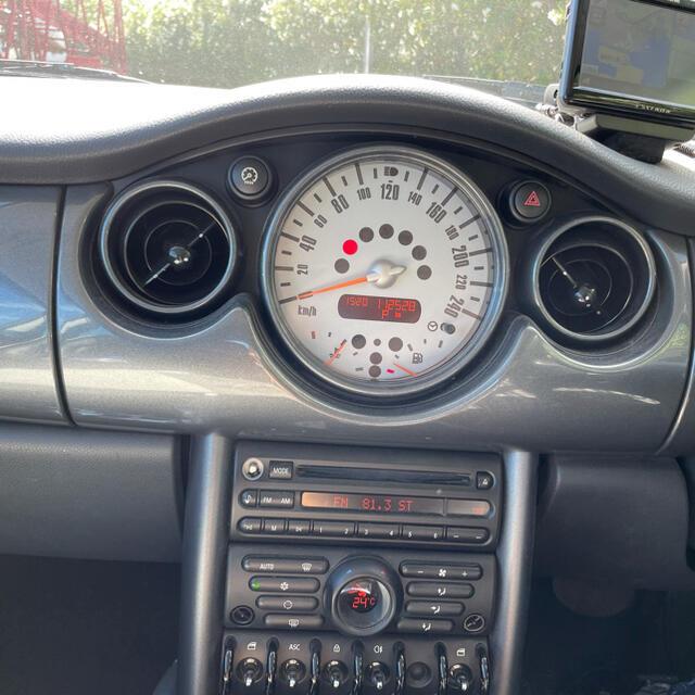 BMW(ビーエムダブリュー)の平成17年8月 車検4年10月 ワンオーナー  自動車/バイクの自動車(車体)の商品写真