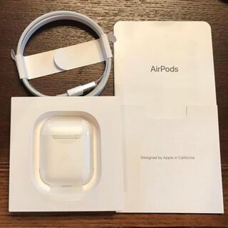 Apple - 美品 Apple AirPods ワイヤレスイヤホン MRXJ2J/A