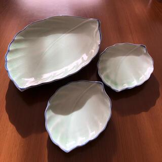 葉型のお皿✨3枚セット(食器)
