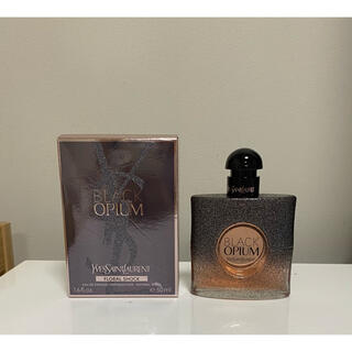 Yves Saint Laurent Beaute - YSL ブラックOP フローラルショック 香水 50ml