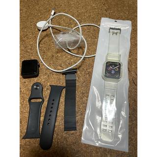 アップル(Apple)の送料無料美品apple watch series3オマケ付き(腕時計(デジタル))