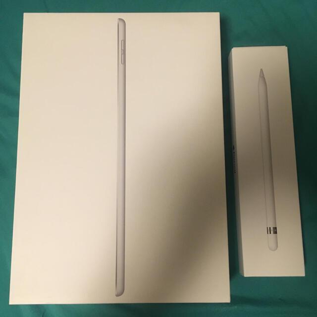 iPad(アイパッド)のiPad 第7世代 WiFiモデル 2019 32gb シルバー  スマホ/家電/カメラのPC/タブレット(タブレット)の商品写真