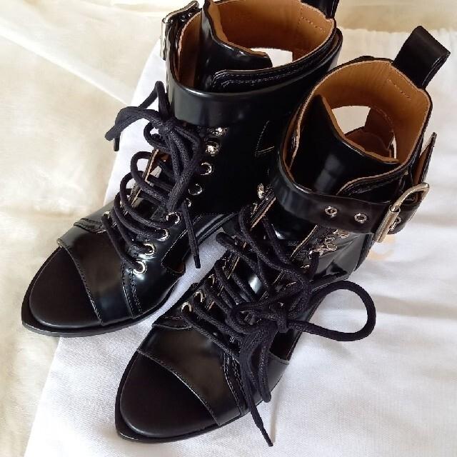 Chloe(クロエ)のChloe  クロエカットアウトブーツサンダル☆ブラック☆未使用☆定価20万円 レディースの靴/シューズ(サンダル)の商品写真