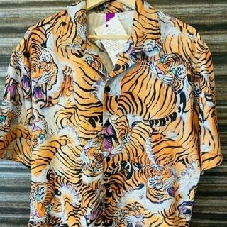 アロハシャツ  夏を先取り! 虎 トラ柄 夏の定番アイテム