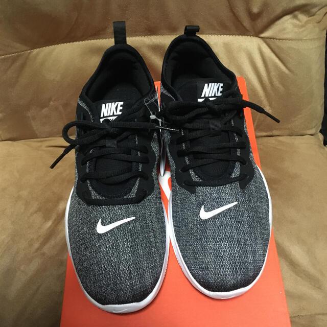 NIKE(ナイキ)の新品 NIKE ナイキ スニーカー レディースの靴/シューズ(スニーカー)の商品写真