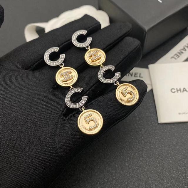 CHANEL(シャネル)の シャネル ピアスPierce レディースのアクセサリー(ピアス)の商品写真