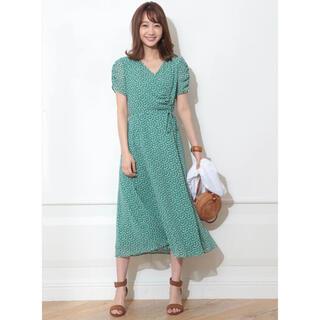 JUSGLITTY - ラップ風花柄ドレス