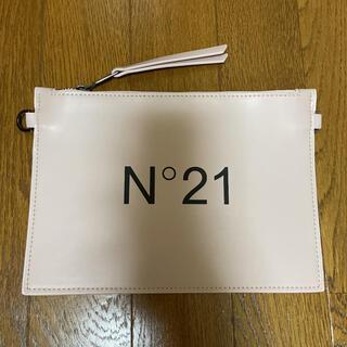 ヌメロヴェントゥーノ(N°21)のヌメロ バッグ ポーチ(ショルダーバッグ)
