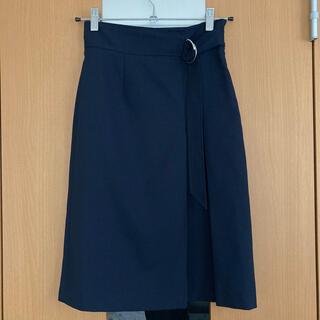 ファビュラスアンジェラ(Fabulous Angela)の美品 ネイビー タイトスカート(ひざ丈スカート)