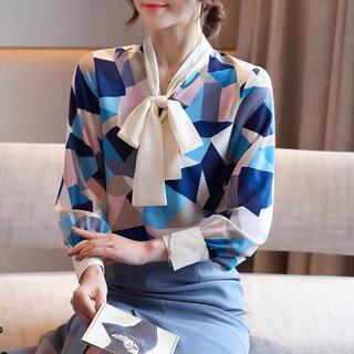 Mila Owen - オリエンタルデザインリボンブラウス(ブルー)