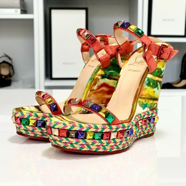 Christian Louboutin(クリスチャンルブタン)の2521 クリスチャンルブタン カタコニコ オーロラ ウェッジサンダル レディースの靴/シューズ(サンダル)の商品写真