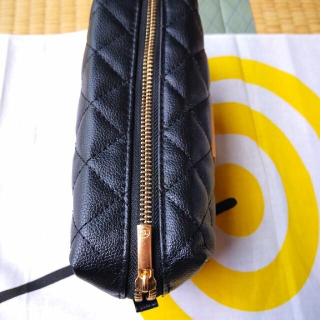 CHANEL(シャネル)のシャネル ポーチ ノベルティグッズ レディースのファッション小物(ポーチ)の商品写真
