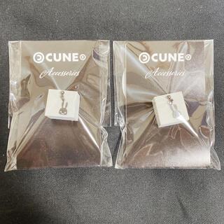 CUNE - 新品 キューン CUNE 黒メッキウサギぷらぷらピアス 1P×2