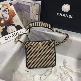 CHANEL -   chanel   シャネル ラフィア  ハンドバッグ
