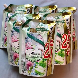 ピーアンドジー(P&G)の【新品未開封】レノアハピネス  夏の花&新鮮なリンゴの香り 詰め替え 6袋(洗剤/柔軟剤)