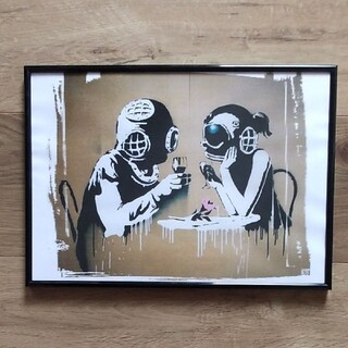 バンクシー 新婚ガスマスク アート(アート/写真)