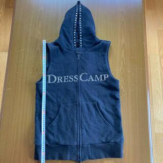 ドレスキャンプ(DRESSCAMP)のドレスキャンプ スワロフスキーロゴ装飾ベストパーカー サイズ44(パーカー)