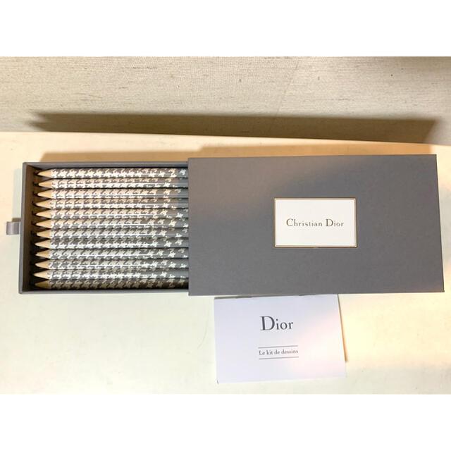 Christian Dior(クリスチャンディオール)のChristian Dior  鉛筆1ダースセット エンタメ/ホビーのコレクション(ノベルティグッズ)の商品写真