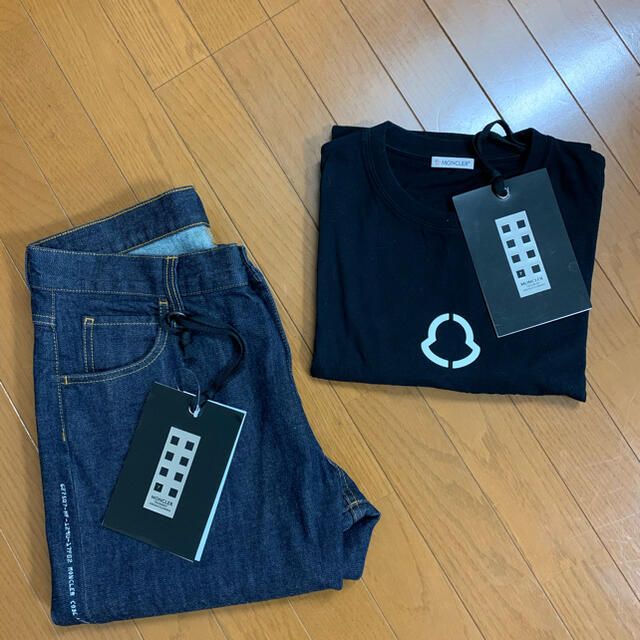 MONCLER(モンクレール)のモンクレール フラグメント Tシャツ ジーンズセット メンズのトップス(Tシャツ/カットソー(半袖/袖なし))の商品写真