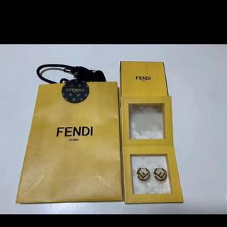 FENDI - 【美品】FENDI ゴールドピアス
