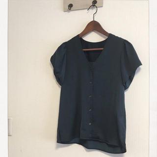 ジーユー(GU)のhiiibiさま専用です☆(シャツ/ブラウス(半袖/袖なし))