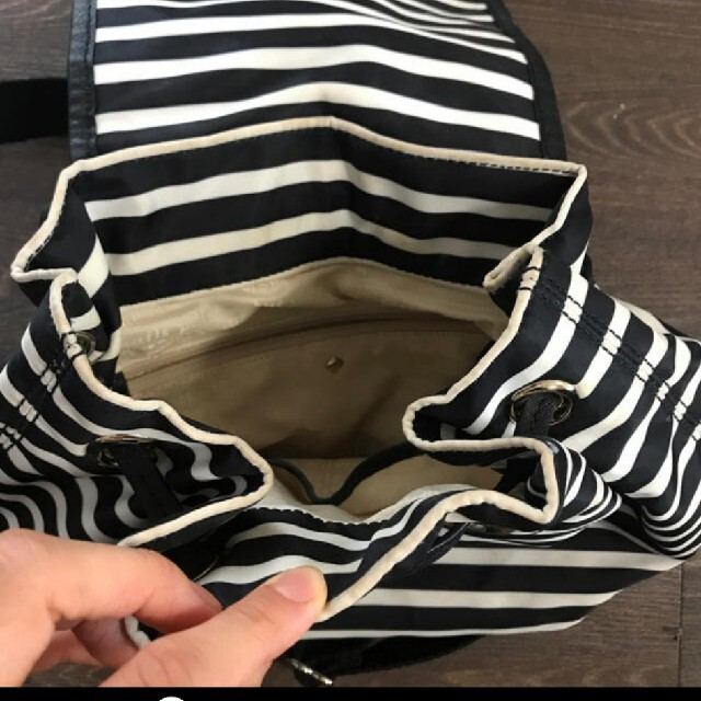 kate spade new york(ケイトスペードニューヨーク)のケイトスペード リュック レディースのバッグ(リュック/バックパック)の商品写真