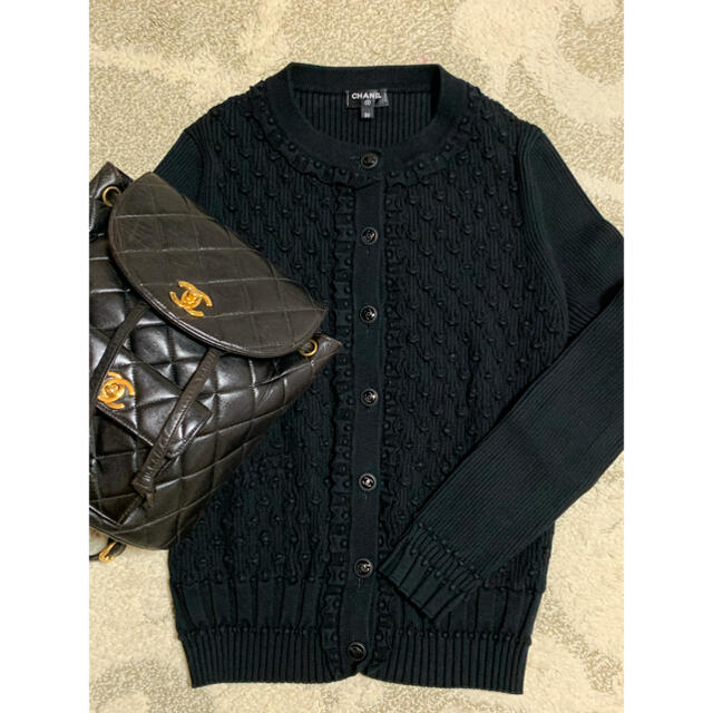CHANEL(シャネル)のシャネルカーディガン♡ブラック 36 レディースのトップス(カーディガン)の商品写真