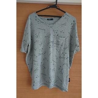 アズール(AZZURE)のグレーデザインTシャツ(Tシャツ/カットソー(半袖/袖なし))