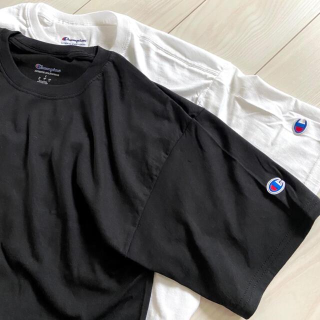Champion(チャンピオン)の新品 チャンピオン メンズ Tシャツ ブラック ホワイト まとめ売り 半袖 無地 メンズのトップス(Tシャツ/カットソー(半袖/袖なし))の商品写真