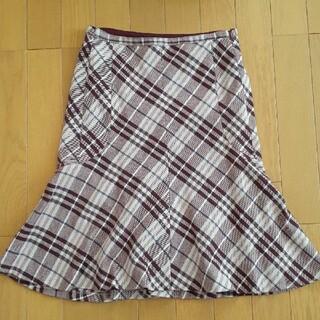 バーバリーブルーレーベル(BURBERRY BLUE LABEL)のバーバリーブルーレーベル マーメイドフレアースカート サイズ36(ひざ丈スカート)