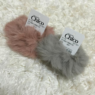 フーズフーチコ(who's who Chico)の2016秋冬新作✨新品未使用品❗️chicoファーシュシュ(ヘアゴム/シュシュ)