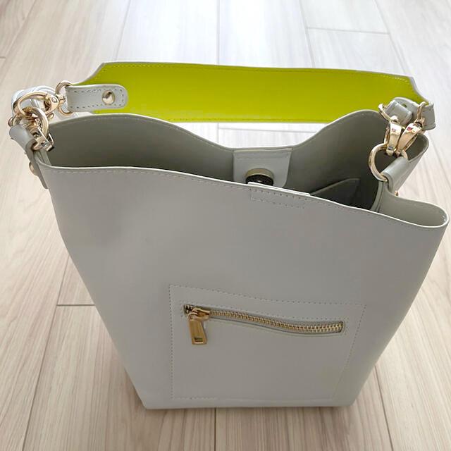 LEPSIM(レプシィム)のLEPSIMカバン レディースのバッグ(ショルダーバッグ)の商品写真