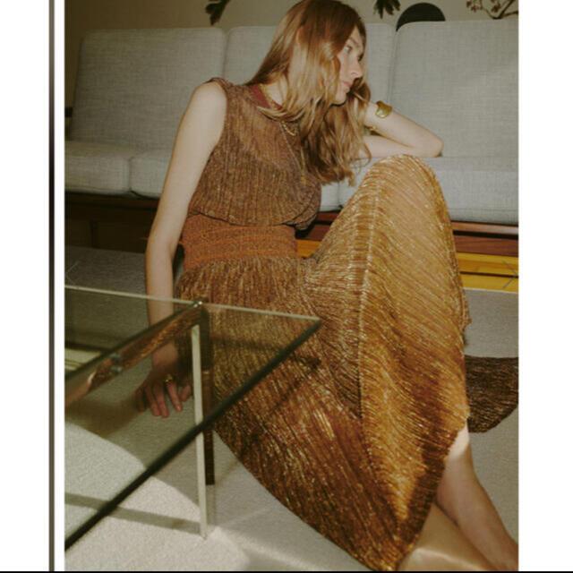Ameri VINTAGE(アメリヴィンテージ)のアメリ キラキラワンピース ブラウン レディースのワンピース(ロングワンピース/マキシワンピース)の商品写真
