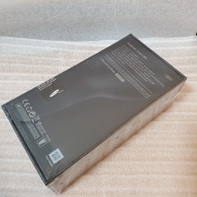 SAMSUNG(サムスン)の【Sprint版】Galaxy S10 Prism Green 128 GB スマホ/家電/カメラのスマートフォン/携帯電話(スマートフォン本体)の商品写真