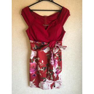 キャバドレス 赤 花柄