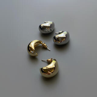 TOMORROWLAND - Drop metal gold pierce No.613