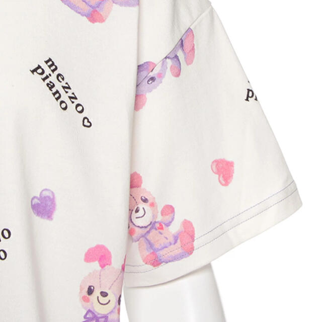 mezzo piano junior(メゾピアノジュニア)の【新品】【サイズ:160】メゾピアノ♡缶バッチ付きコロンちゃん総柄Tシャツ キッズ/ベビー/マタニティのキッズ服女の子用(90cm~)(Tシャツ/カットソー)の商品写真
