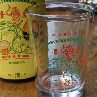 Taihu Brewing 臺虎精釀 台湾ビールグラス