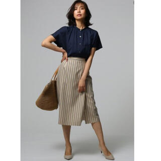 UNTITLED - 【美品】アンタイトル  ストライプ タイトスカート   スカート