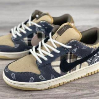 Nike x Travis Scott(スニーカー)