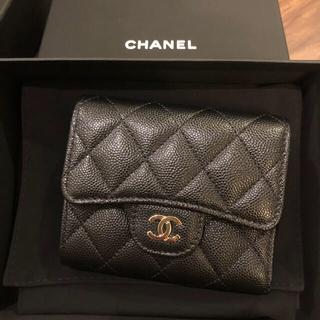 CHANEL - 新品、シャネル 三つ折り財布 黒