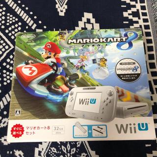 ウィーユー(Wii U)のWii U すぐに遊べるマリオカート8 セット シロ(家庭用ゲーム機本体)