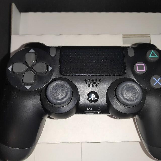 SONY(ソニー)のPS4コントローラー純正品 ブラック エンタメ/ホビーのゲームソフト/ゲーム機本体(その他)の商品写真