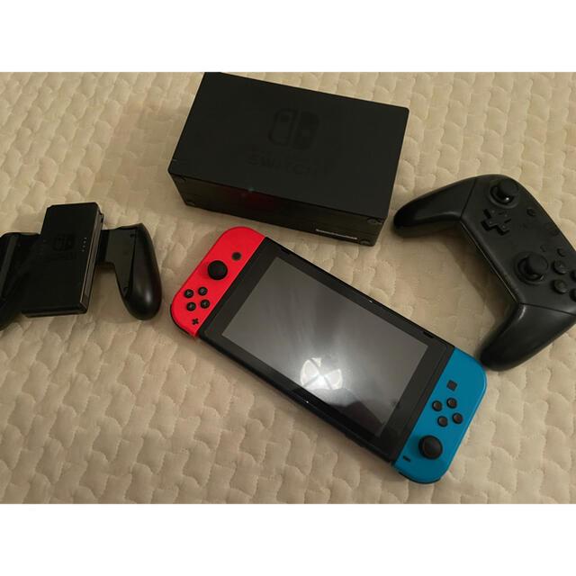 Nintendo Switch(ニンテンドースイッチ)の新型Nintendo switch 【箱なし】 エンタメ/ホビーのゲームソフト/ゲーム機本体(家庭用ゲーム機本体)の商品写真