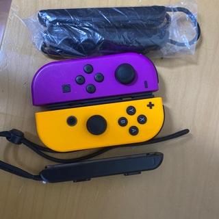 Nintendo Switch - 任天堂スイッチジョイコン2つLR+ストラップ3つ