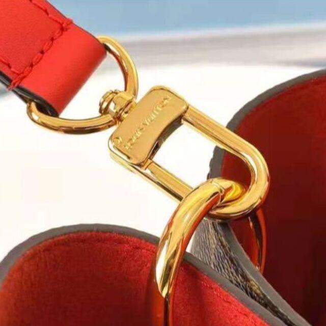 LOUIS VUITTON(ルイヴィトン)の最終値下げです ルイヴィトン モノグラム フラワー・トート 極上超美品 レディースのバッグ(ショルダーバッグ)の商品写真