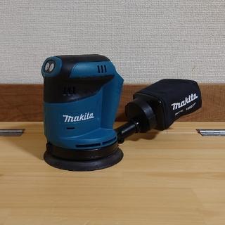 マキタ(Makita)の【アイン様専用】マキタ 18V 新品 充電式ランダムサンダー BO180D(工具/メンテナンス)