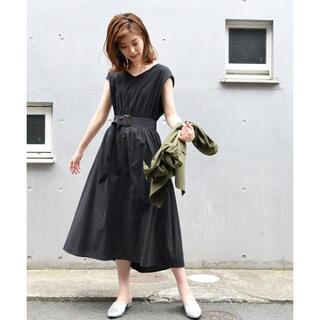 ナチュラルクチュール(natural couture)の美品  natural couture 半袖ワンピース ブラック フリーサイズ(ロングワンピース/マキシワンピース)