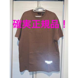 フィアオブゴッド(FEAR OF GOD)の送料込み!essentials半袖Mサイズ茶色fog fear of god(Tシャツ/カットソー(半袖/袖なし))