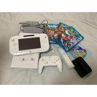 ウィーユー(Wii U)のNintendo Wii U カセットセット(家庭用ゲーム機本体)